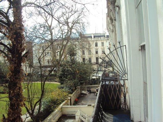 Pembridge Palace Hotel: vista dal balcone