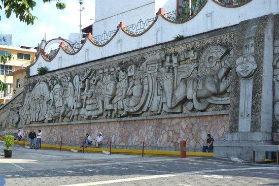 Mural de quetzalcoatl picture of papantla veracruz for Mural quetzalcoatl