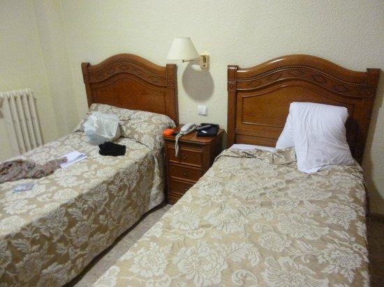 Hotel Riviera: habitacion
