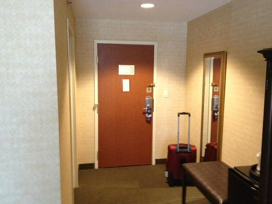 BEST WESTERN PLUS The Inn at King of Prussia: large entrance