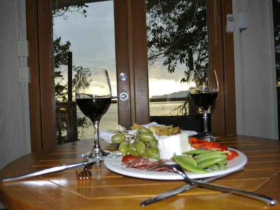 Rockwater Secret Cove Resort: Light Dinner in Our Room