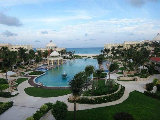 Iberostar Grand Hotel Paraiso: Spectacular view of property!