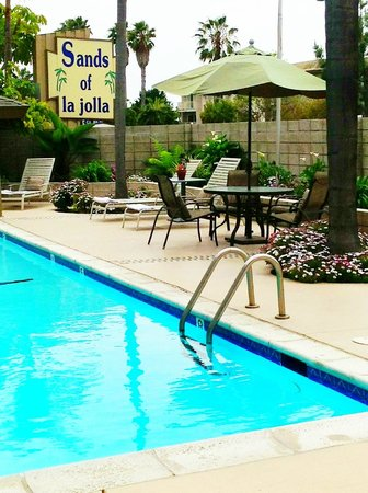 Sands Of La Jolla: Sands Pool Area