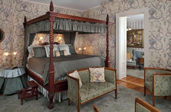 Albemarle Inn: Sunrise Suite