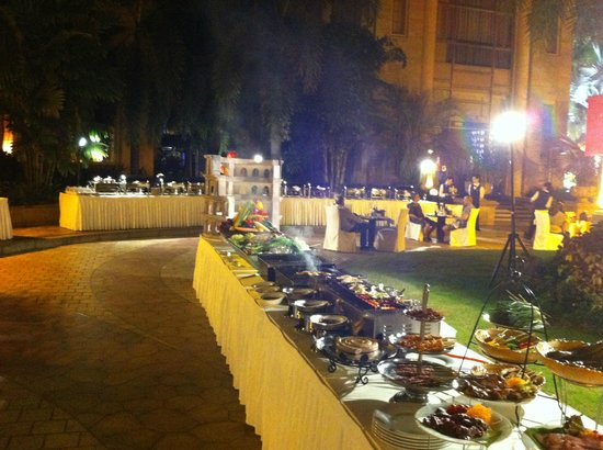 Chateau Star River Hotel: food festival