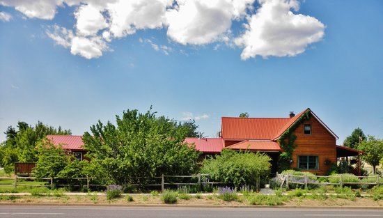 Canyons Bed and Breakfast : Canyons Bed & Breakfast