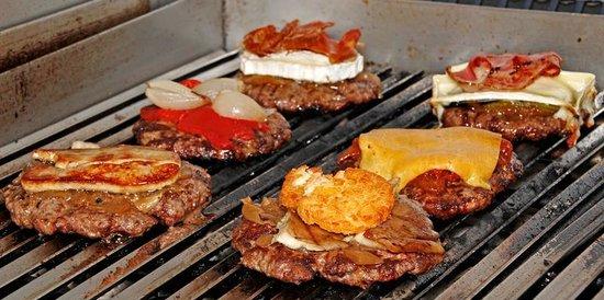 La Grille Burger: algunas de nuestras hamburguesas... 200 gramos de carne ecológica