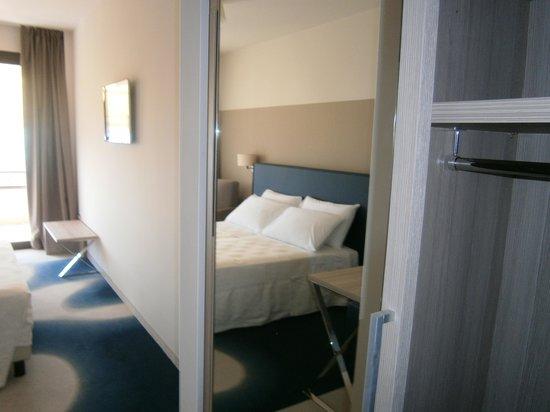 Hotel Desiree Sirmione : Chambre