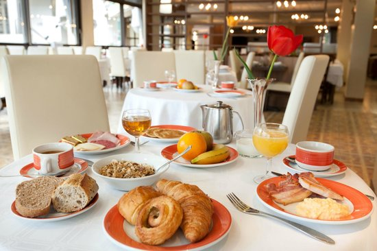 Hotel Roissy: Petit déjeuner buffet