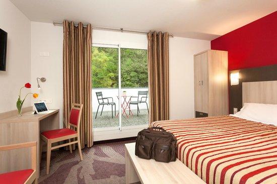 Hotel Roissy: Chambre Double deluxe avec terrasse