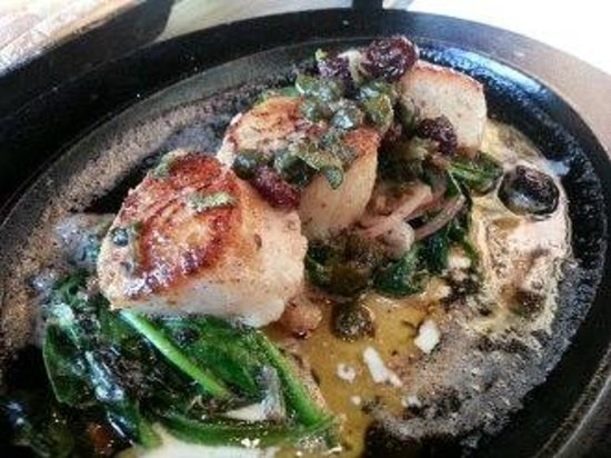 MP Taverna: Scallops with Dried Cherries, Capers and Spinach