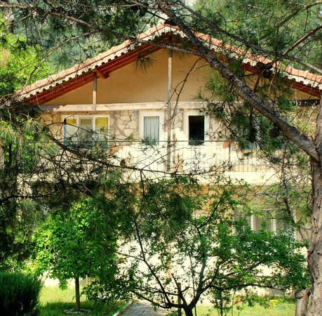 Canan Holiday House: Houses