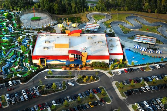 Hand Tossed Pizza Picture Of Frankie S Fun Park