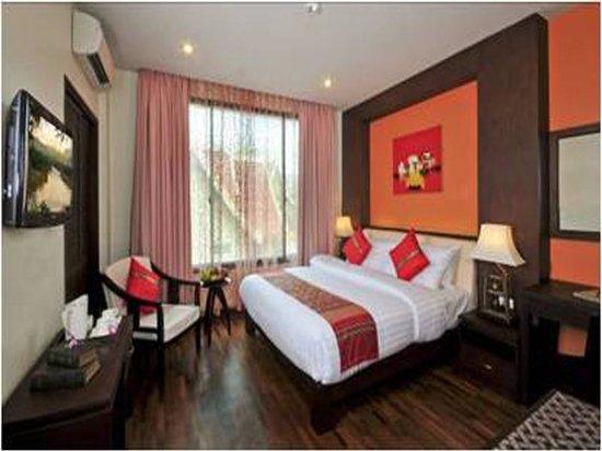 Shapotou Holiday Hotel