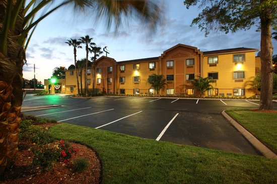 Days Inn Orange Park/Jacksonville: Dusk view
