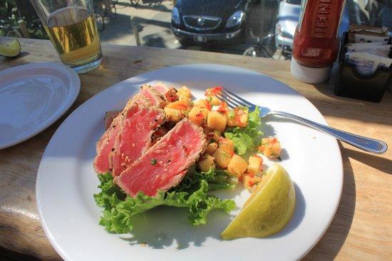 Venice Whaler Bar & Grill : Yum