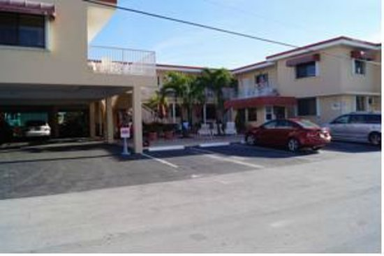 Beach Rooms Inn - Hollywood Beach: Hotel