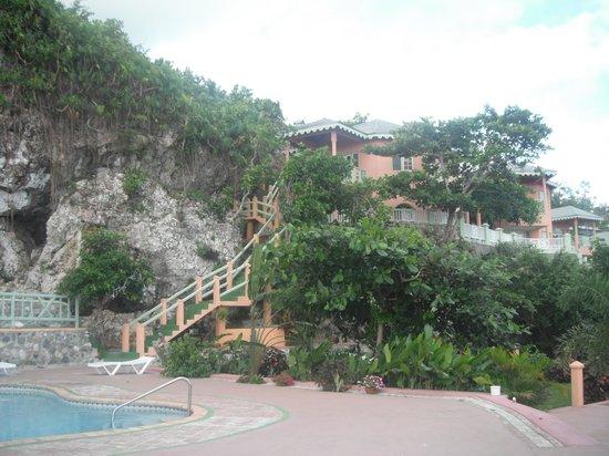 Pimento Lodge Resort: ingenious design
