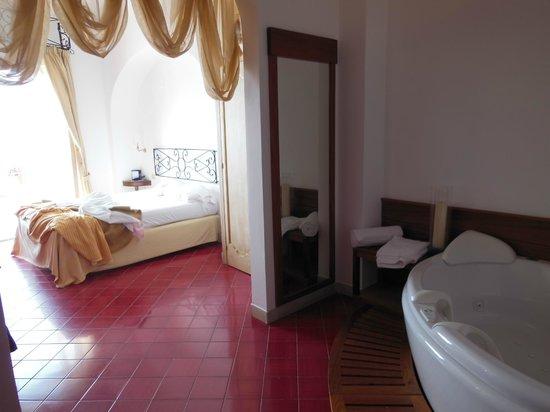 Hotel Montemare: Vista della stanza de luxe superior