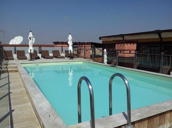 Hotel Almas: Rooftop pool