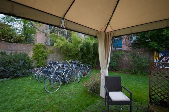 Alchimia Room and Breakfast: Bici a disposizione
