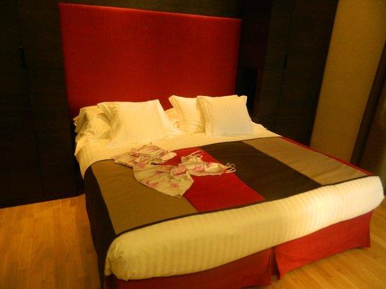 Hotel Alpi: Contemporary room