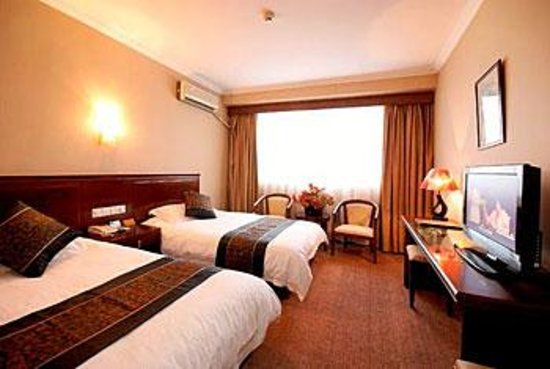 Gold Lough Hotel