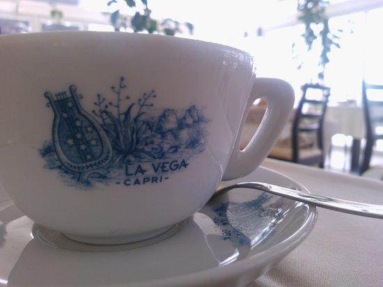 Hotel La Vega: breakfast, details