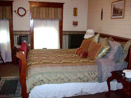Marmalade Cat Bed And Breakfast Watkins Glen Ny