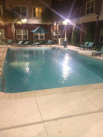 Residence Inn Gainesville I-75 : Pool