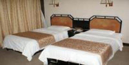 Fengqilou Hotel
