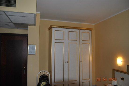 Hotel Alexander Palace: interno camera