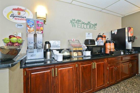 Super 8 Bridgeview/Chicago Area: Super Start Breakfast