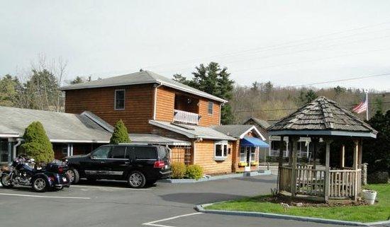 Homestead Inn: Lobby