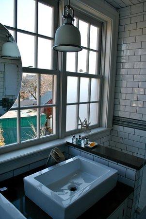 Hudson Merchant House: Gorgeous bathroom