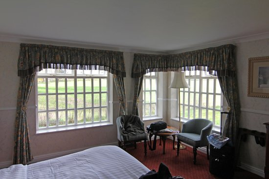Mere Court Hotel And Conference Centre: Our Room
