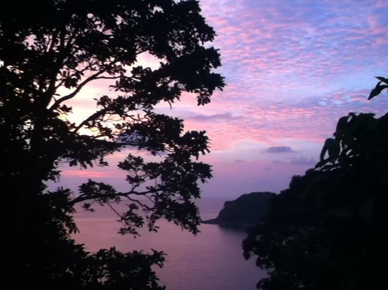 Secret Cliff Resort: Sunset view from balcony