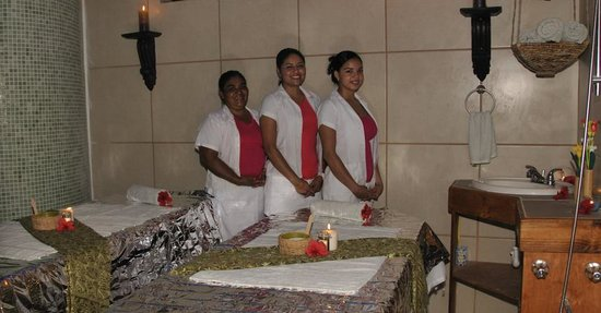 West Bay Lodge and Spa: Our spa therapists