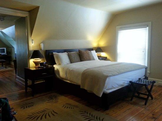 The Sayre Mansion Inn: Main Room