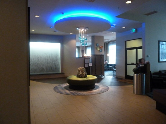SpringHill Suites Seattle Downtown/South Lake Union: Lobby