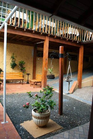Iguassu Charm Suites: Patio