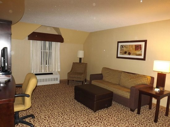 Courtyard by Marriott Lake Placid: Sitting Room Area