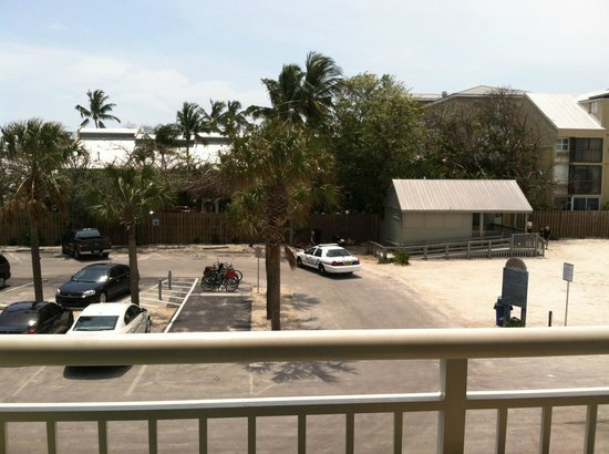 Hyatt Key West Resort and Spa: Police activity all the time.
