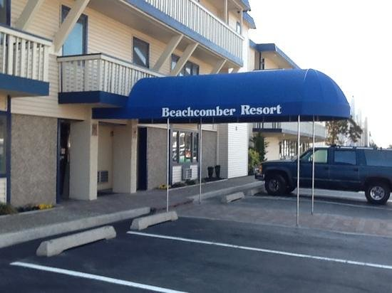 The Beachcomber Resort : Add a caption