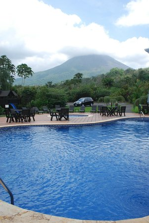 Volcano Lodge & Springs: view from pool