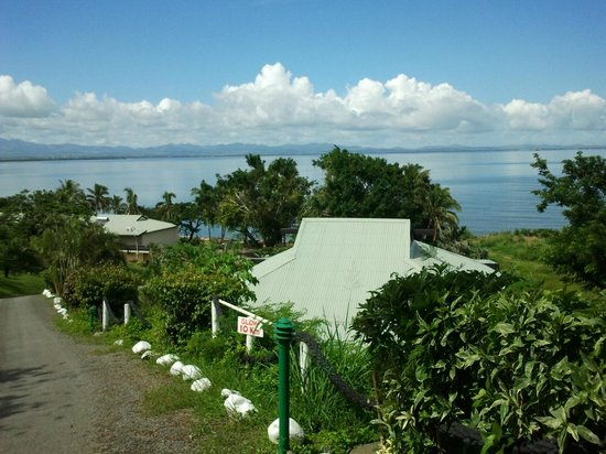 Anchorage Beach Resort: mountain view villa at the top of the resort