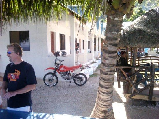 Aaron Beach Resort: New rooms from beach