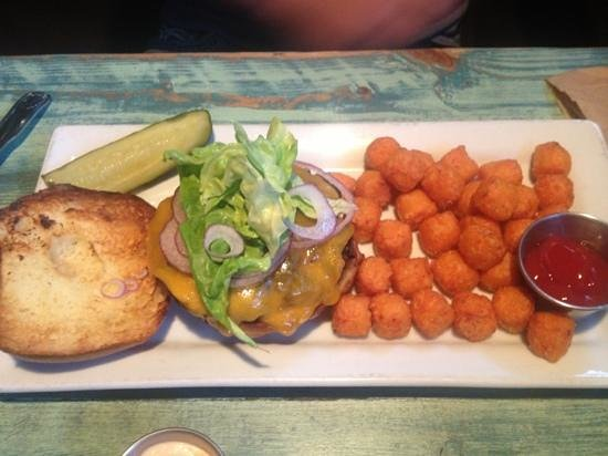 The Tavern: cheeseburger with sweet potato tots