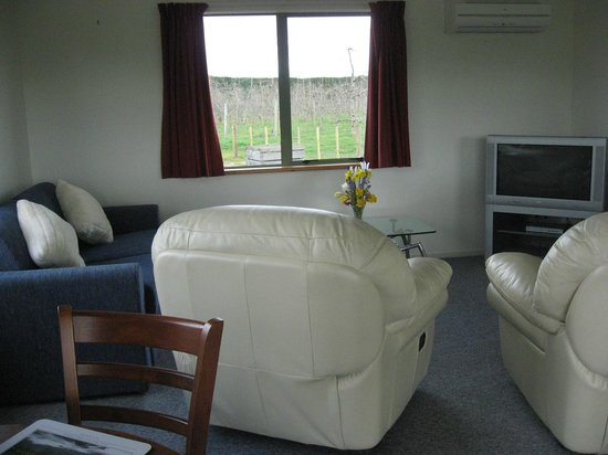 Bluebell Lodge and Cottage : One bedroom cottage - Lounge/dining/kitchen area