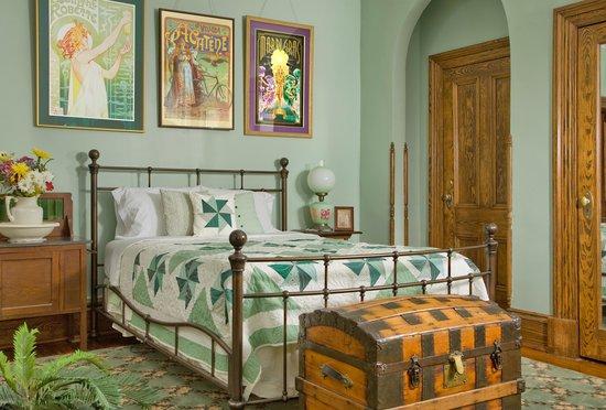Florence Lake Bed & Breakfast
